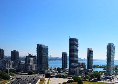 Top 5 Reasons to Buy a Condo in Mimico